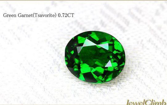 色鮮やかなグリーンガーネット⠀素晴らしい発色をお楽しみください。⠀https://item.rakuten.co.jp/jewelclimb/1048401/⠀#garnet⠀#ガーネット⠀⠀⠀